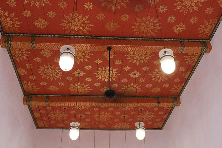 เพดานอุโบสถ